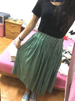 🚚 綠色長裙