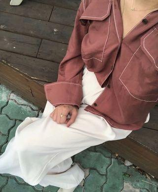 轉 creat me 磚紅色質感外縫線 滑料襯衫