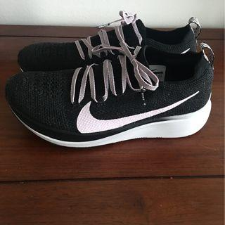Nike Zoom Fly Flyknit Women's