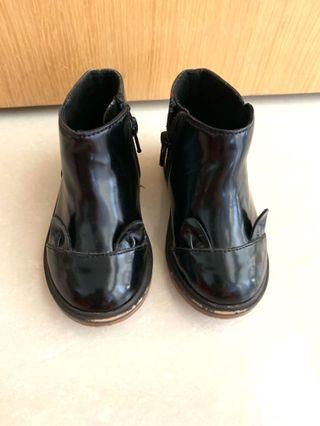 🚚 Toddler Cute Black Boots