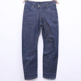 Size 27 LEVI'S Engineered for Woman