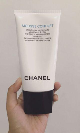 Chanel Cleanser