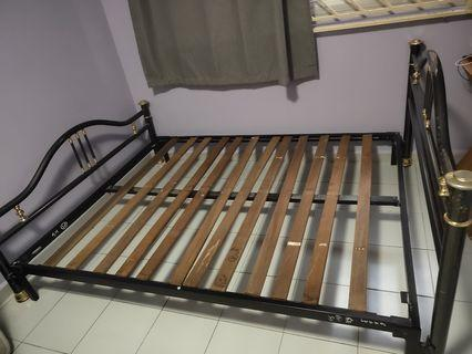 Bed frame  2 and 1 queen size bed