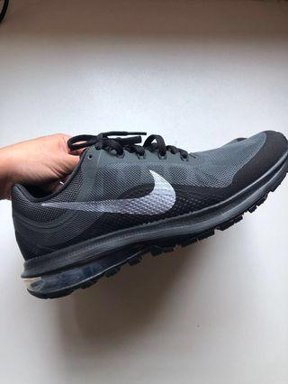 Nike Air Max Dynasty 2 Running Shoes