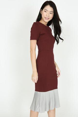 Two-Tone Mermaid Dress in Maroon