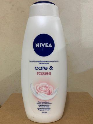 🚚 Nivea Shower Gel 750ml