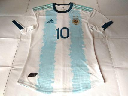 Authentic Never Been Worn Argentina Adidas Player Version 2019 Home Football Jersey With Messi 10 Print