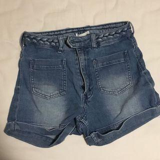 🚚 H&M denim highwasited shorts