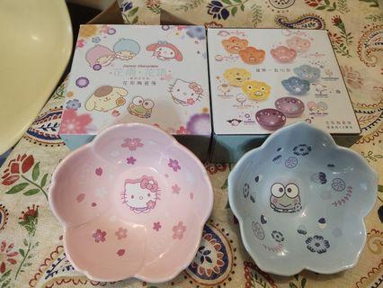 7仔花雨花語 花形陶瓷碗2隻 hello kitty keroppi