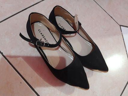 Sepatu Flat no.36