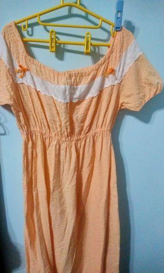 🚚 古著 橘色一字領洋裝 女孩別哭