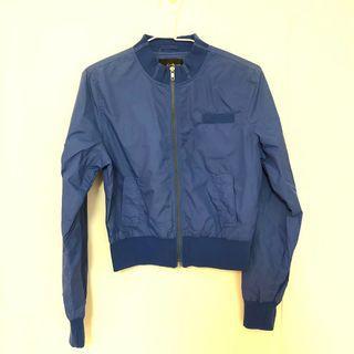 🚚 日本 防風運動造型外套