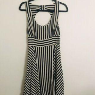 PORTMANS Black & Off White Cut Out Dress Size 10