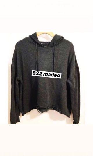 🚚 Brandy melville dark grey kendrick hoodie