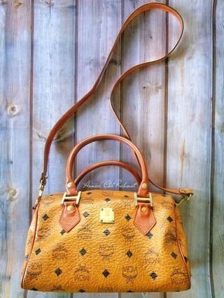 2 way sling tote handbag MCM