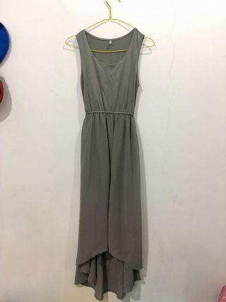 Mididress abu-abu