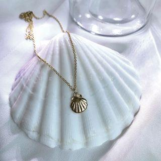 Gold Baby Shell Necklace