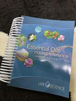 Essential Oils Pocket Reference 7th Edition Book Young & Living