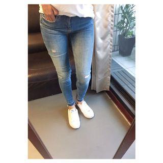 🚚 🐝ZARA淺色貼腿牛仔褲