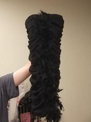 🚚 羽毛平口短洋裝