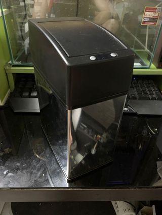 Electronic dustbin