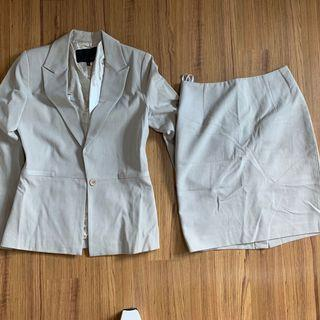 Ladies jacket suit