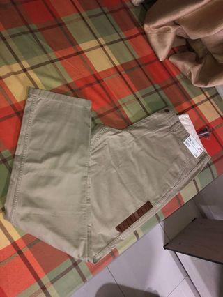 Celana Uniqlo Chino Vintage Regular Fit Flat Front XL 36