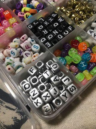 🚚 200pcs Alphabet beads for craft diy resin bracelets