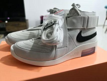 Nike Fear of God raid light bone