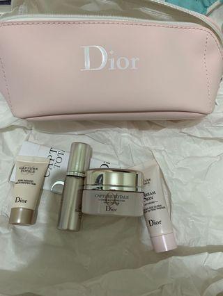 Dior Capture Totale Set 連Dior 化妝袋