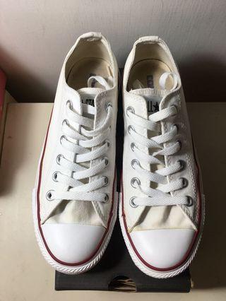 🚚 白色帆布鞋