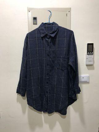 🚚 深藍色棉質大格子長版長袖襯衫