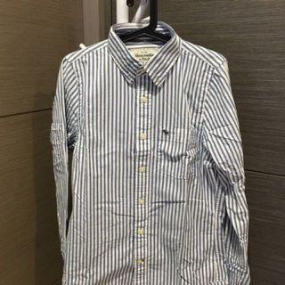 🚚 Abercrombie & Fitch 直條襯衫 M號 全新    藍 白 復古 仿舊 出清