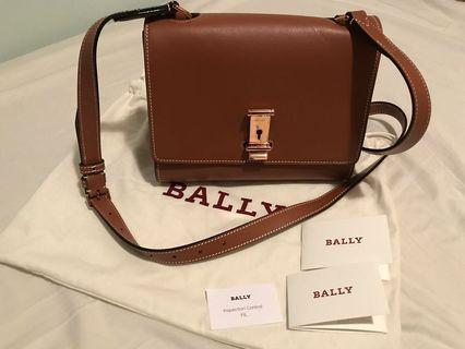 BALLY leather handbag with long strap (NEW)