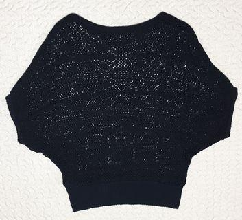 Black Knitted top (Urgently selling)