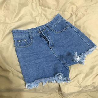 🚚 藍色刺繡短褲 s