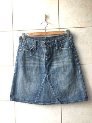 polo jeans  小刷破牛仔短裙