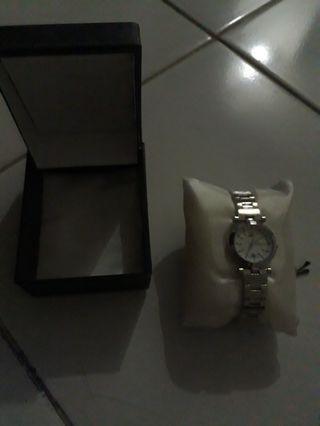 Jam tangan wanita merk Tetonis #ramadhanbermanfaat