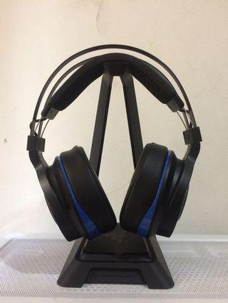 Razer Thresher Ultimate wireless surround gaming headset
