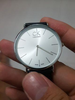 🚚 Selling New Calvin Klein Watch Silver