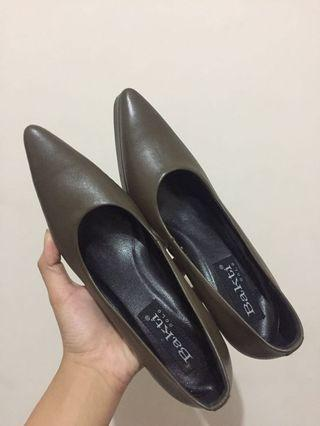 Sepatu high heels Army Olive green 36 Bakti custom