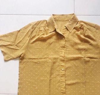 🚚 Vintage Mustard Printed Blouse