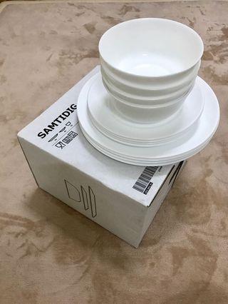 Ikea Samtidig white dinner set