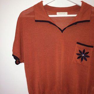 🚚 Cordier ✼橘棕刺繡針織衫✼ 麻混紡 小水鑽花朵口袋 V領翻領 垂肩袖 寬鬆短袖上衣 日本古着Vintage