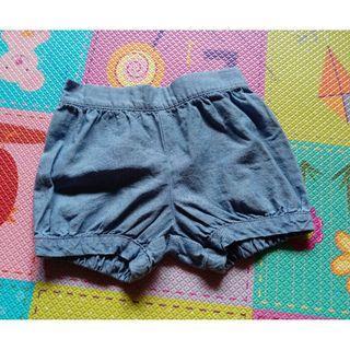 🚚 全新「Carter's」牛仔色春夏短褲 3T偏小