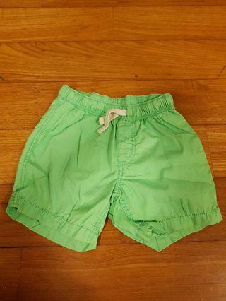 (With mail) H&M green shorts 1.5 to 2years old