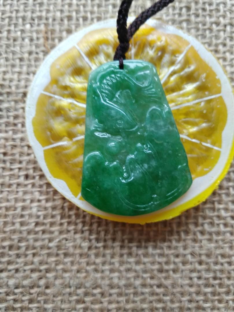 緬甸A貨,陽綠,滿綠色,如魚得水掛件,手雕