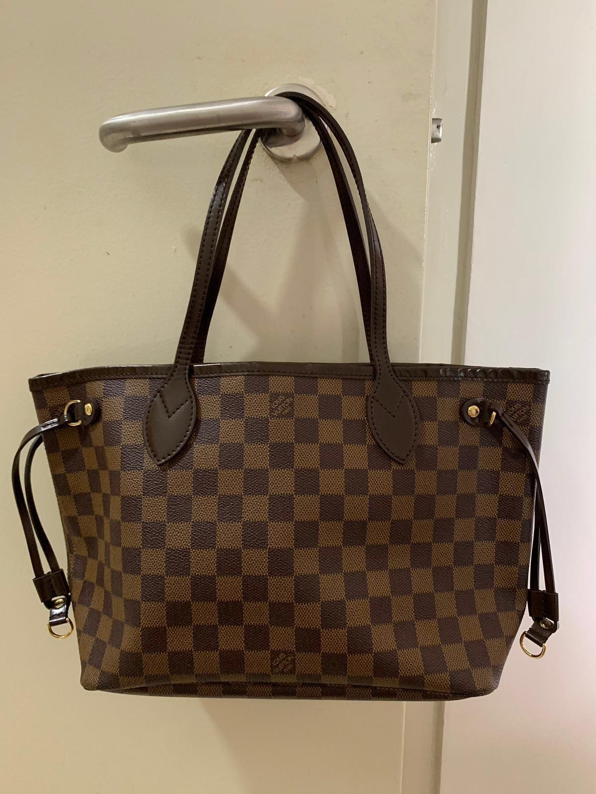879b56298 Authentic Louis Vuitton Neverfull PM Damier, Luxury, Bags & Wallets ...