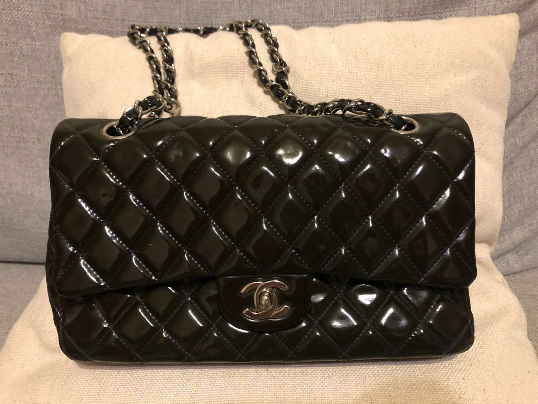 d85071c4704b Authentic w receipt Chanel Patent Medium Flap , Luxury, Bags & Wallets,  Handbags on Carousell
