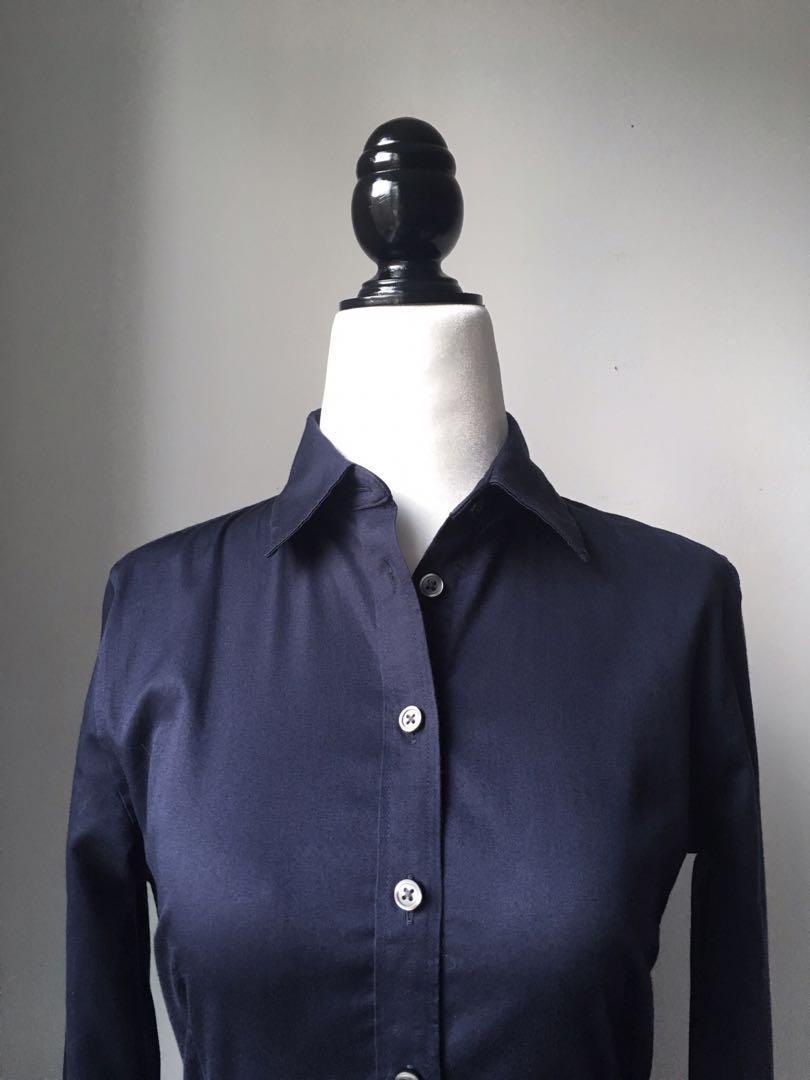 Banana Republic navy blue fitted dress shirt size 0